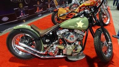Army tribute bike - Kickstarting a Motorcycle